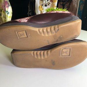 Louis Vuitton Shoes - Louis Vuitton Authentic Vintage Logo Sneakers 🔥